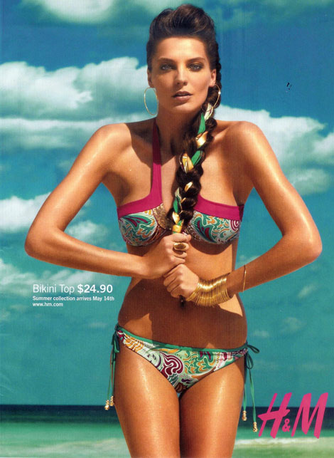 daria-werbowy-hm-matthew-williamson-ads-summer09
